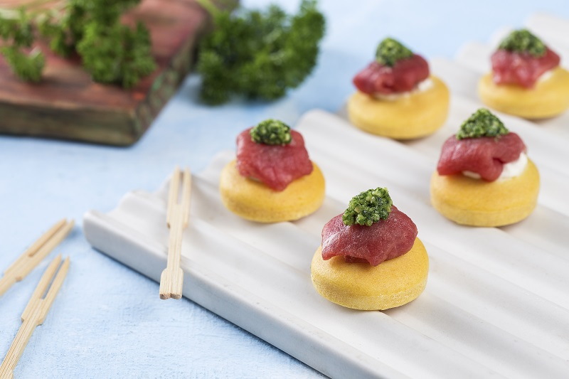 Blinis de Carpaccio e Pesto